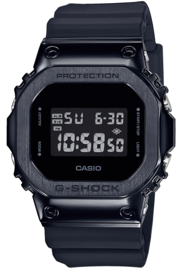 Часы CASIO GM-5600B-1ER